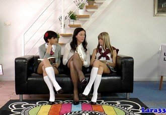 UK les mature joining schoolgirls