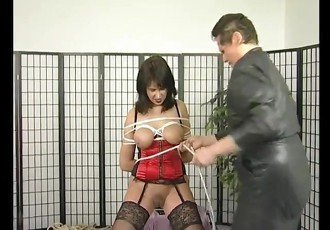 Busty milf gets a bit tied up