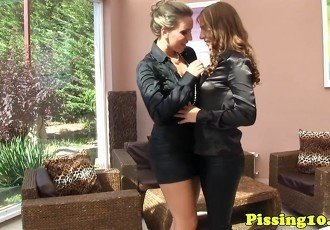 Pissdrenched glamour lesbians